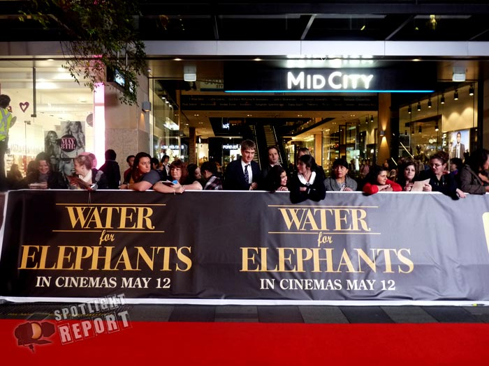 34_water_for_elephants_australian_premiere_robert_pattinson_reese_witherspoon_sydney_2011