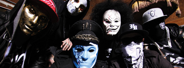 http://spotlightreport.net/wp-content/uploads/2011/08/Hollywood-Undead-image.jpg