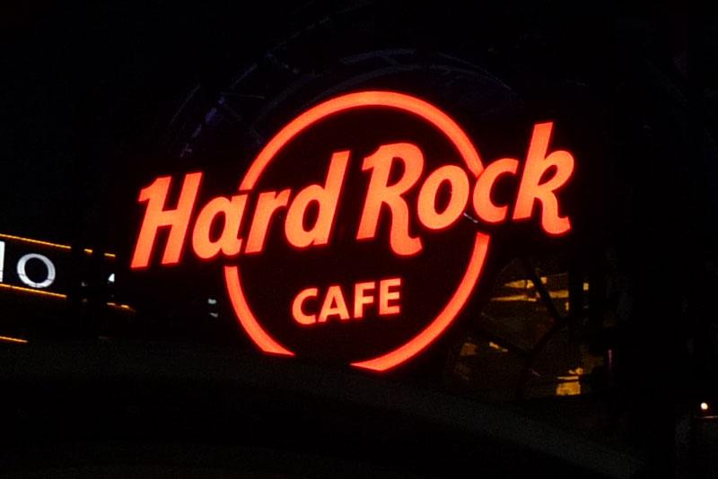hard-rock-cafe-sydney-slider