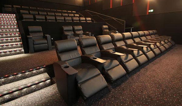HOYTS is currently undergoing full refurbishments at six cinema locations and in the process upgrading every seat in every auditorium to powered HOYTS ... & HOYTS launches Recliner Seating at no extra cost! | Spotlight ... islam-shia.org